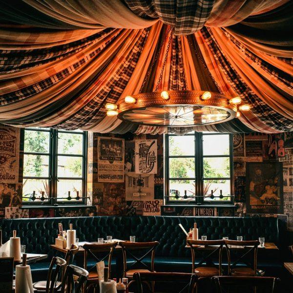 Hickory's Castle Brom interior -1